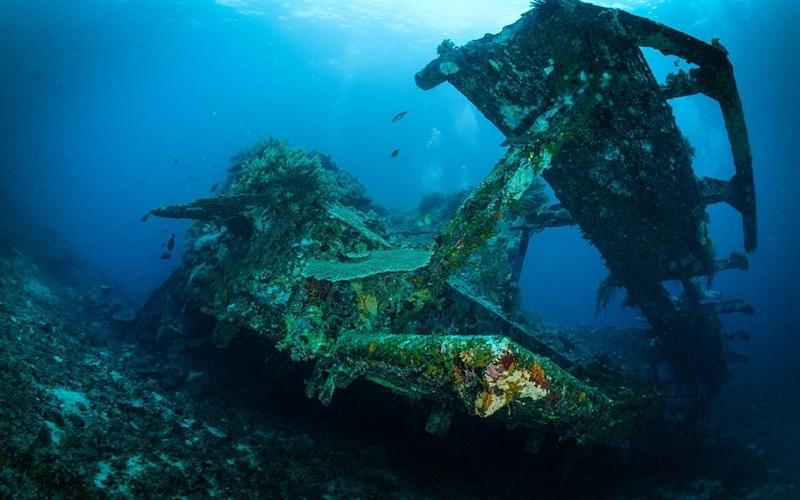 Bounty Wreck in Gili Meno